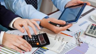 5 Things to Consider Before Choosing an Accounting Firm