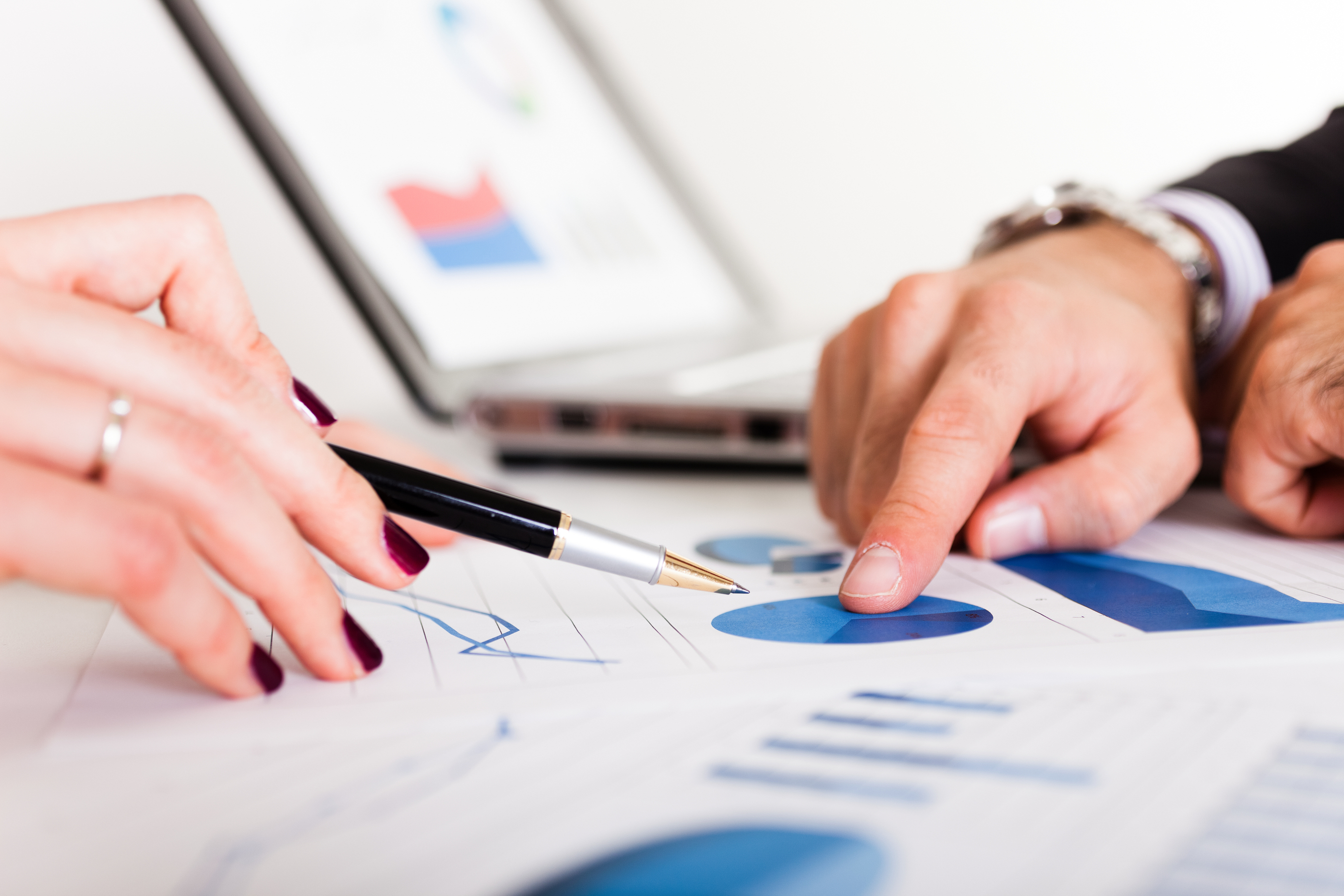 Selecting a Financial Consultant - Debunking the Myth